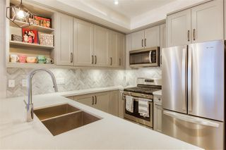 Photo 11: 302 14605 MCDOUGALL Drive in White Rock: King George Corridor Condo for sale (South Surrey White Rock)  : MLS®# R2476304