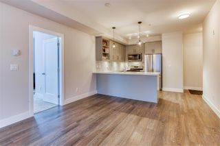 Photo 19: 302 14605 MCDOUGALL Drive in White Rock: King George Corridor Condo for sale (South Surrey White Rock)  : MLS®# R2476304