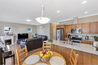 Photo 3: 3307 Merlin Rd in Langford: La Luxton House for sale : MLS®# 843185