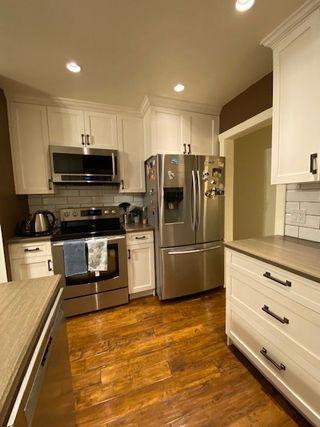 "Photo 3: 6992 CENTENNIAL Drive in Chilliwack: Sardis East Vedder Rd House for sale in ""Sardis Park"" (Sardis)  : MLS®# R2502845"