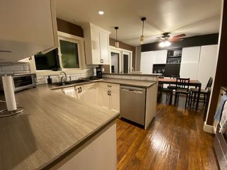 "Photo 2: 6992 CENTENNIAL Drive in Chilliwack: Sardis East Vedder Rd House for sale in ""Sardis Park"" (Sardis)  : MLS®# R2502845"