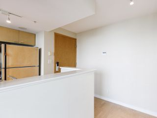 """Photo 16: 3201 1288 W GEORGIA Street in Vancouver: West End VW Condo for sale in """"Residences on Georgia"""" (Vancouver West)  : MLS®# R2506068"""