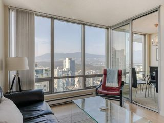 "Photo 7: 3201 1288 W GEORGIA Street in Vancouver: West End VW Condo for sale in ""Residences on Georgia"" (Vancouver West)  : MLS®# R2506068"