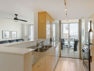 """Photo 15: 3201 1288 W GEORGIA Street in Vancouver: West End VW Condo for sale in """"Residences on Georgia"""" (Vancouver West)  : MLS®# R2506068"""
