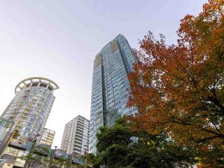 "Photo 2: 3201 1288 W GEORGIA Street in Vancouver: West End VW Condo for sale in ""Residences on Georgia"" (Vancouver West)  : MLS®# R2506068"