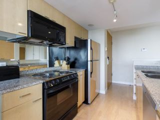 "Photo 13: 3201 1288 W GEORGIA Street in Vancouver: West End VW Condo for sale in ""Residences on Georgia"" (Vancouver West)  : MLS®# R2506068"