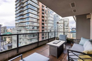 """Photo 15: 2402 969 RICHARDS Street in Vancouver: Downtown VW Condo for sale in """"Mondrian II"""" (Vancouver West)  : MLS®# R2508836"""