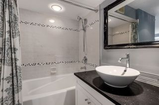 """Photo 13: 2402 969 RICHARDS Street in Vancouver: Downtown VW Condo for sale in """"Mondrian II"""" (Vancouver West)  : MLS®# R2508836"""