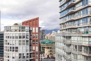 """Photo 17: 2402 969 RICHARDS Street in Vancouver: Downtown VW Condo for sale in """"Mondrian II"""" (Vancouver West)  : MLS®# R2508836"""