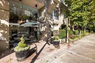 """Photo 16: 2402 969 RICHARDS Street in Vancouver: Downtown VW Condo for sale in """"Mondrian II"""" (Vancouver West)  : MLS®# R2508836"""