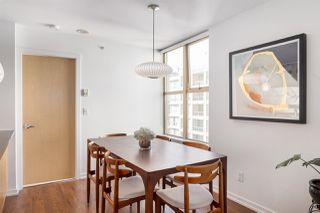 """Photo 6: 2402 969 RICHARDS Street in Vancouver: Downtown VW Condo for sale in """"Mondrian II"""" (Vancouver West)  : MLS®# R2508836"""