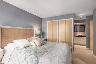 """Photo 8: 2402 969 RICHARDS Street in Vancouver: Downtown VW Condo for sale in """"Mondrian II"""" (Vancouver West)  : MLS®# R2508836"""