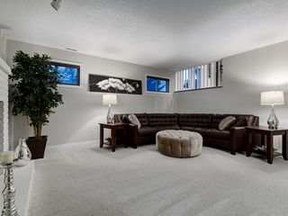 Photo 31: 5 SUNVISTA Crescent SE in Calgary: Sundance Detached for sale : MLS®# A1042796