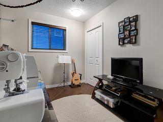Photo 27: 5 SUNVISTA Crescent SE in Calgary: Sundance Detached for sale : MLS®# A1042796