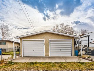 Photo 38: 7504 35 Avenue NW in Calgary: Bowness Detached for sale : MLS®# A1042603