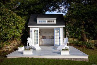 Photo 3: 2856 Dewdney Ave in : OB Estevan House for sale (Oak Bay)  : MLS®# 860853