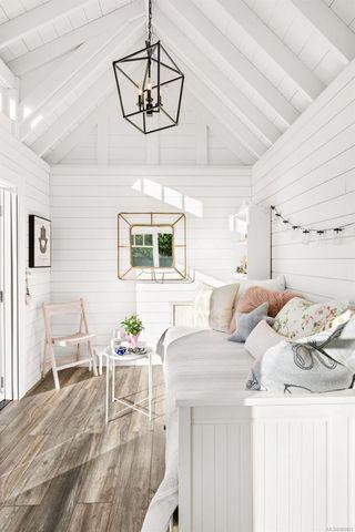 Photo 4: 2856 Dewdney Ave in : OB Estevan House for sale (Oak Bay)  : MLS®# 860853