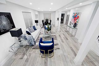 Photo 2: 408 Vanier Drive in Milton: Bronte Meadows House (2-Storey) for sale : MLS®# W5058423