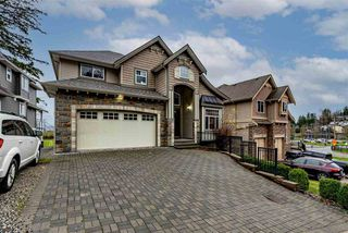 Photo 1: 35628 ZANATTA Place in Abbotsford: Abbotsford East House for sale : MLS®# R2524152