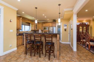 Photo 8: 35628 ZANATTA Place in Abbotsford: Abbotsford East House for sale : MLS®# R2524152