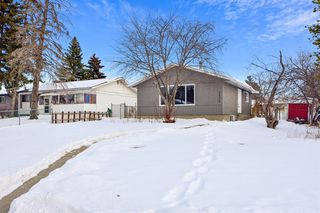 Main Photo: 1212 60 Street SE in Calgary: Penbrooke Meadows Detached for sale : MLS®# A1056660