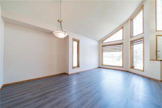 Photo 3: 258 Sheffield Road in Winnipeg: Whyte Ridge Residential for sale (1P)  : MLS®# 1919902