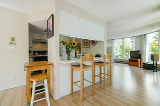 """Photo 8: 105 1135 QUAYSIDE Drive in New Westminster: Quay Condo for sale in """"Anchor Pointe"""" : MLS®# R2402846"""