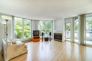 """Photo 4: 105 1135 QUAYSIDE Drive in New Westminster: Quay Condo for sale in """"Anchor Pointe"""" : MLS®# R2402846"""