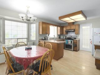 Photo 8: 9438 152A Street in Surrey: Fleetwood Tynehead House for sale : MLS®# R2403711