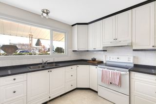 Photo 8: 400 Dudgeon Road in Kelowna: Rutland North House for sale (Central Okanagan)  : MLS®# 10190727