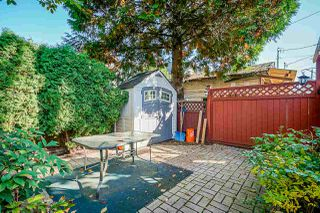 Photo 16: 1320 VICTORIA Drive in Vancouver: Grandview Woodland House 1/2 Duplex for sale (Vancouver East)  : MLS®# R2413229