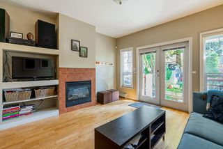Photo 5: 1320 VICTORIA Drive in Vancouver: Grandview Woodland House 1/2 Duplex for sale (Vancouver East)  : MLS®# R2413229