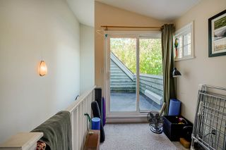 Photo 11: 1320 VICTORIA Drive in Vancouver: Grandview Woodland House 1/2 Duplex for sale (Vancouver East)  : MLS®# R2413229