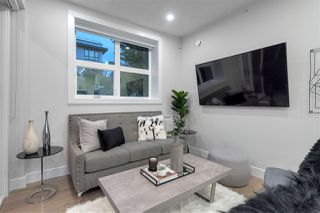 "Photo 4: 3189 PRINCE EDWARD Street in Vancouver: Mount Pleasant VE House 1/2 Duplex for sale in ""EVERLY LIVING"" (Vancouver East)  : MLS®# R2425102"