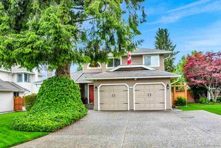Photo 2: 5745 184A Street in Surrey: Cloverdale BC House for sale (Cloverdale)  : MLS®# R2463961
