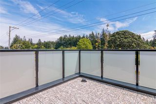 Photo 13: 401 2130 Sooke Rd in Colwood: Co Hatley Park Row/Townhouse for sale : MLS®# 842386