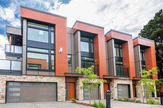Main Photo: 401 2130 Sooke Rd in Colwood: Co Hatley Park Row/Townhouse for sale : MLS®# 842386