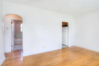 Photo 3: 283 Amherst Street in Winnipeg: St James Single Family Detached for sale (5E)  : MLS®# 202022987