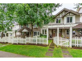 Photo 3: 29 4401 BLAUSON Boulevard in Abbotsford: Abbotsford East Townhouse for sale : MLS®# R2503150