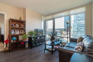 "Photo 8: 1405 2008 ROSSER Avenue in Burnaby: Brentwood Park Condo for sale in ""SOLO STRATUS"" (Burnaby North)  : MLS®# R2511039"