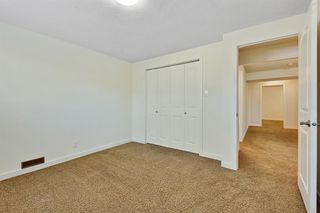 Photo 19: 812 Canfield Way SW in Calgary: Canyon Meadows Semi Detached for sale : MLS®# A1049483