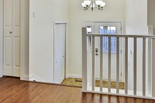 Photo 4: 812 Canfield Way SW in Calgary: Canyon Meadows Semi Detached for sale : MLS®# A1049483