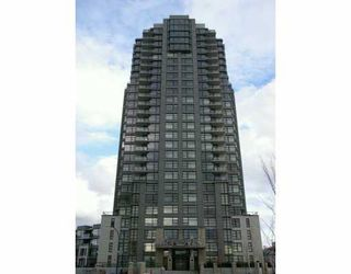 """Photo 1: 509 5380 OBEN ST in Vancouver: Collingwood Vancouver East Condo for sale in """"Urba"""" (Vancouver East)  : MLS®# V584031"""