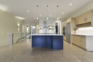 Photo 11: 938 WOOD Place in Edmonton: Zone 56 House Half Duplex for sale : MLS®# E4178634