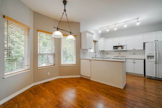 """Photo 7: 6614 205A Street in Langley: Willoughby Heights House for sale in """"Willow Ridge"""" : MLS®# R2447059"""