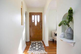 Photo 2: 545 Rupertsland Avenue in Winnipeg: West Kildonan Residential for sale (4D)  : MLS®# 202006885