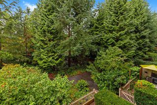 "Photo 14: 205 960 LYNN VALLEY Road in North Vancouver: Lynn Valley Condo for sale in ""Balmoral House"" : MLS®# R2502603"
