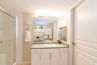 """Photo 11: 205 960 LYNN VALLEY Road in North Vancouver: Lynn Valley Condo for sale in """"Balmoral House"""" : MLS®# R2502603"""