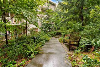 "Photo 19: 205 960 LYNN VALLEY Road in North Vancouver: Lynn Valley Condo for sale in ""Balmoral House"" : MLS®# R2502603"