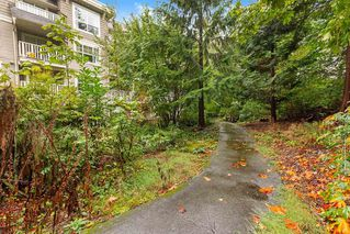 "Photo 20: 205 960 LYNN VALLEY Road in North Vancouver: Lynn Valley Condo for sale in ""Balmoral House"" : MLS®# R2502603"